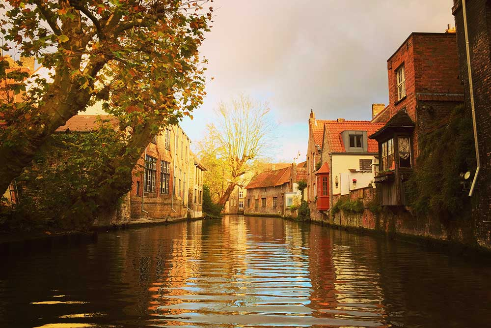 Top 10 Things to do in Bruges Belgium Canal