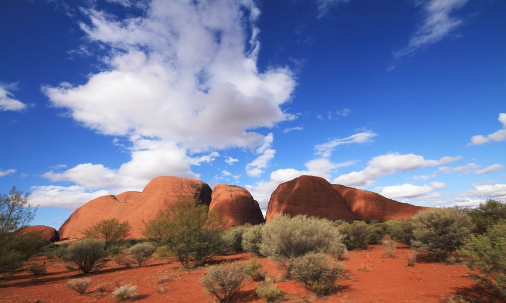 things to do in the australian outback - the olgas