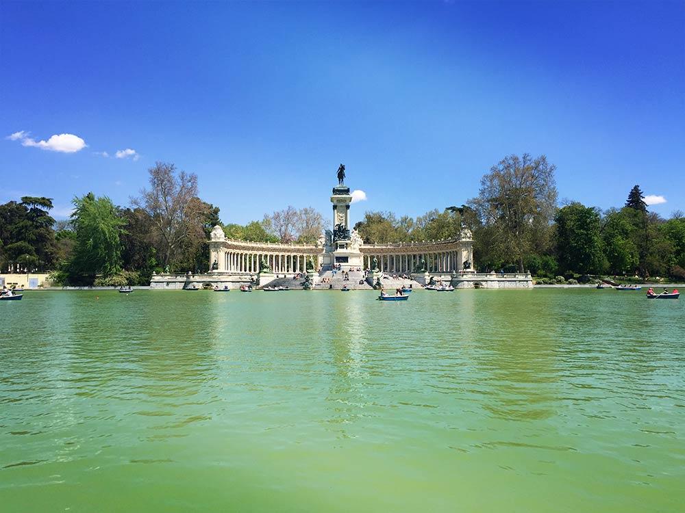 Parque de Retiro must-see places in Madrid
