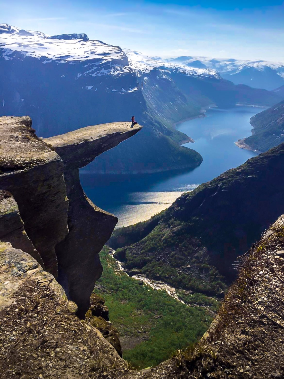 Hiking Trolltunga Norway