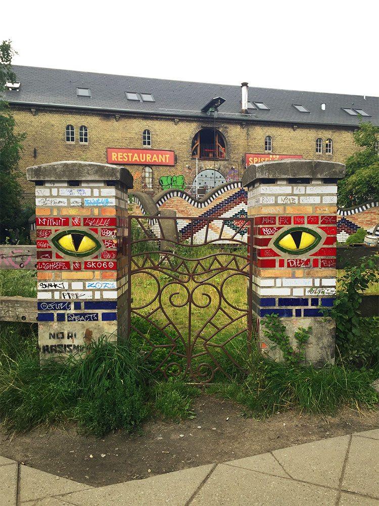Freetown Christiania Copenhagen gate