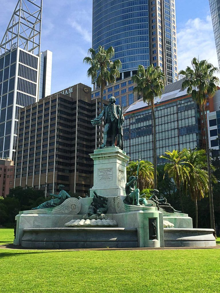things-to-do-in-sydney-on-a-budget-captain-arhtur-philip-monument