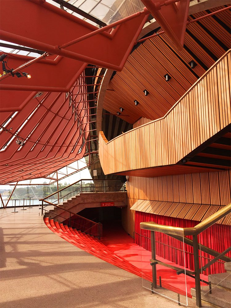 things to do in sydney on a budget sydney opera house tour inside