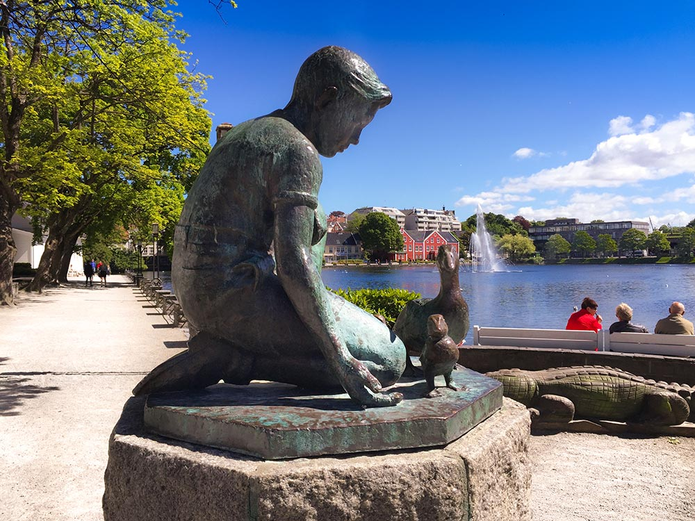 things to do in Stavanger Stroll around the lake
