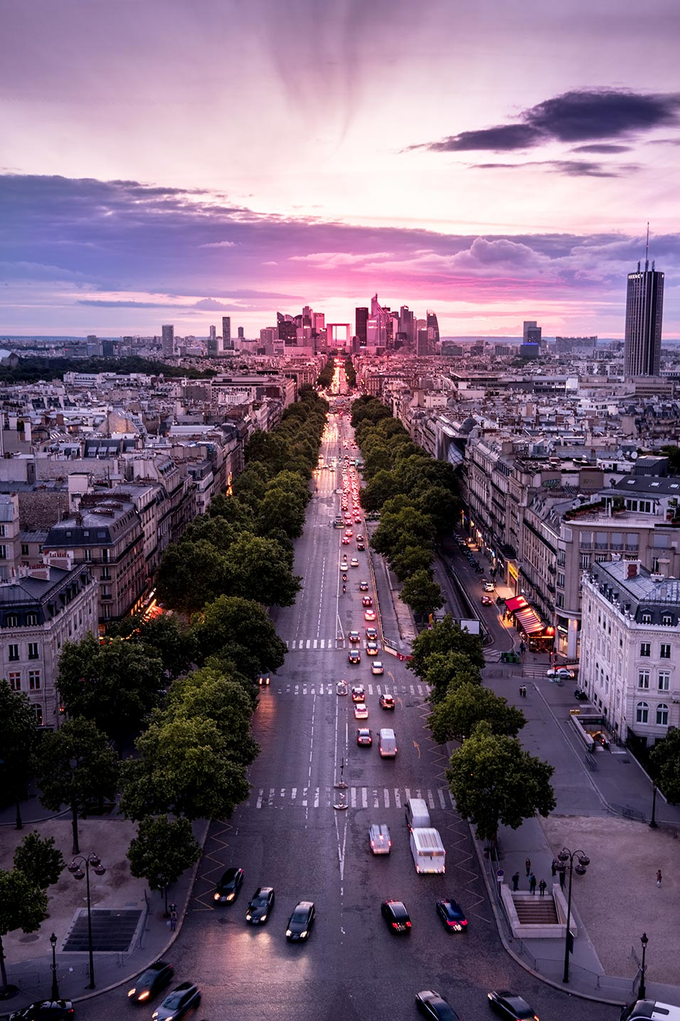 paris top attractions champs elysees