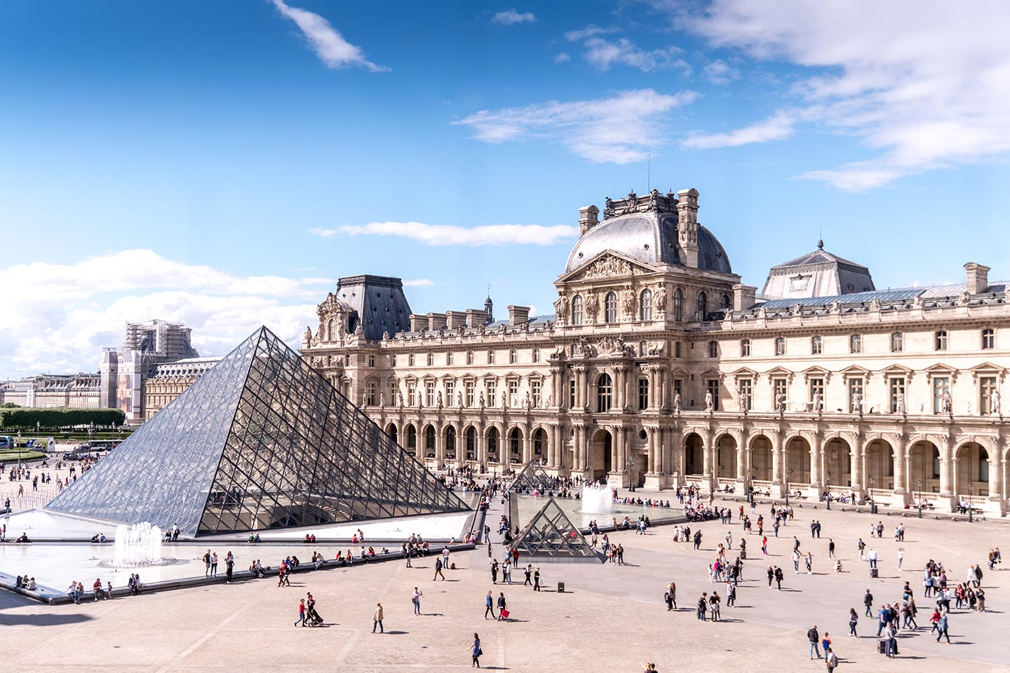 paris top attractions lourve