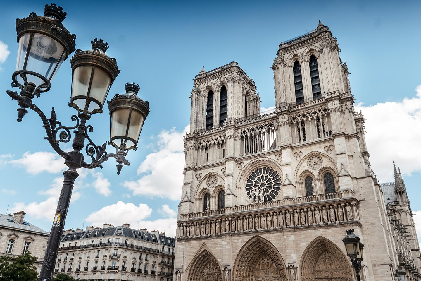 paris top attractions notre dame